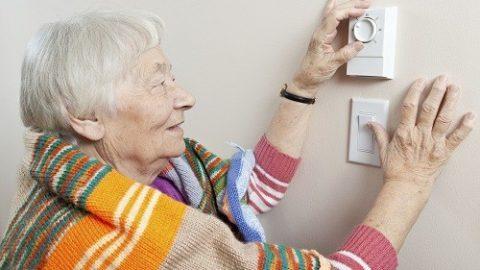 Những lưu ý cho người bệnh cao huyết áp vào mùa lạnh