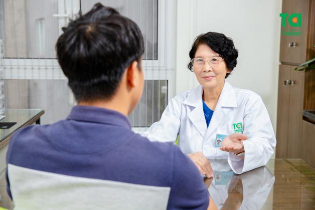 TS. BS CKII Nội tiêu hóa., Thầy thuốc ưu tú Phạm Thị Bình –Bệnh viện ĐKQT Thu Cúc là chuyên gia điều trị vi khuẩn Hp hiệu quả