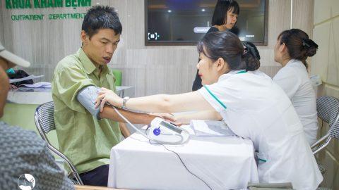 Bệnh viện Thu Cúc khám cho người khuyết tật tại Quận Tây Hồ