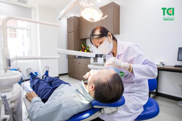 Khám răng hàm mặt là danh mục y tế tuy đơn giản nhưng rất cần thiết khi thực hiện khám sức khỏe định kỳ