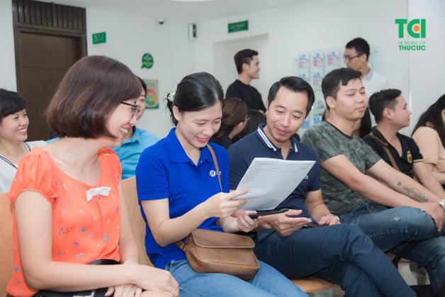 Người lao động tham gia khám sức khỏe định kỳ đầy đủ