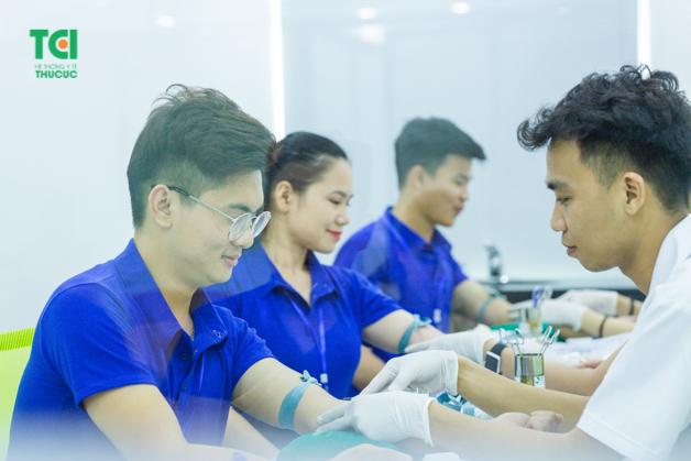 Xét nghiệm HIV thường không nằm trong danh mục khám sức khỏe doanh nghiệp