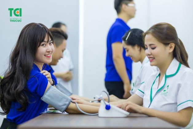 Bệnh viện rộng rãi đem đến sự thoải mái cho người lao động khi tham gia khám sức khỏe