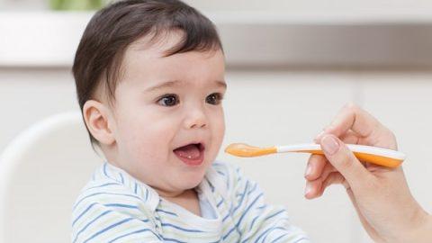 Hướng dẫn cách chăm sóc trẻ bị cúm tại nhà hiệu quả