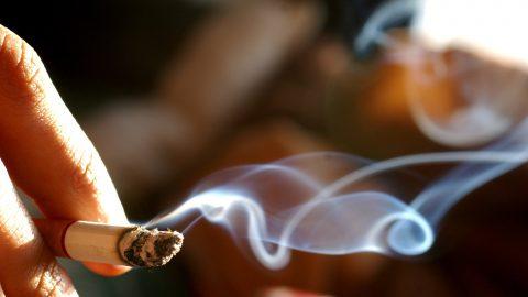Giải đáp: khói thuốc lá có thể gây ra những bệnh gì?