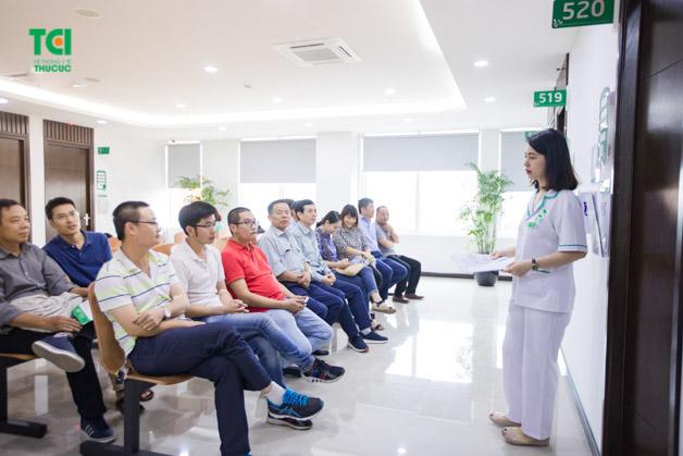 Khám sức khỏe định kỳ cho nhân viên là việc làm bắt buộc cho các doanh nghiệp