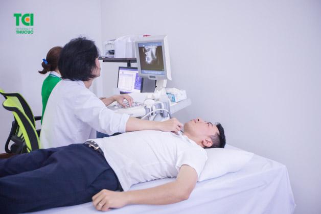 Việc khám sức khỏe công ty giúp doanh nghiệp và người lao động nhận được nhiều lợi ích