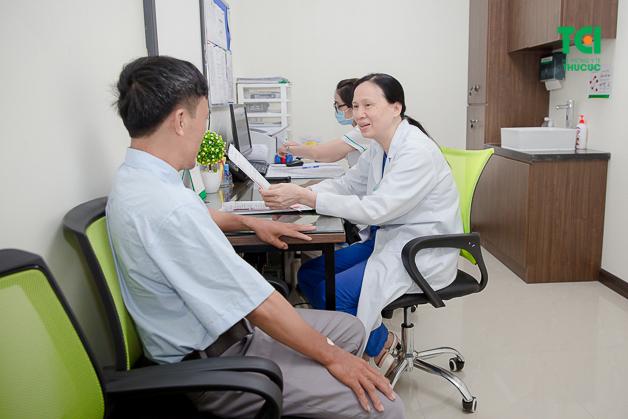 Người cao tuổi dễ gặp nhiều bệnh lý liên quan đến hệ tiêu hóa