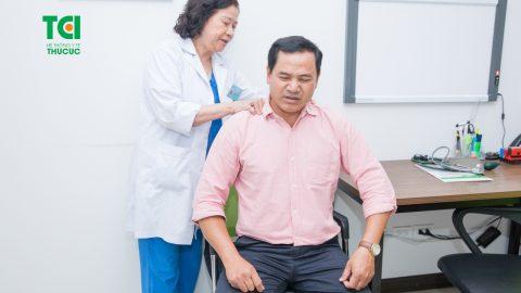 Bị đau lưng nên khám gì để sớm phát hiện bệnh?