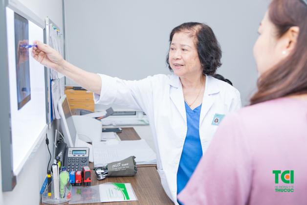 Tại Thu Cúc có đội ngũ bác sĩ giỏi chuyên môn nên được nhiều người lựa chọn để thăm khám