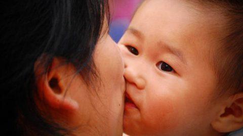 Bệnh viêm màng não ở trẻ sơ sinh có lây không?
