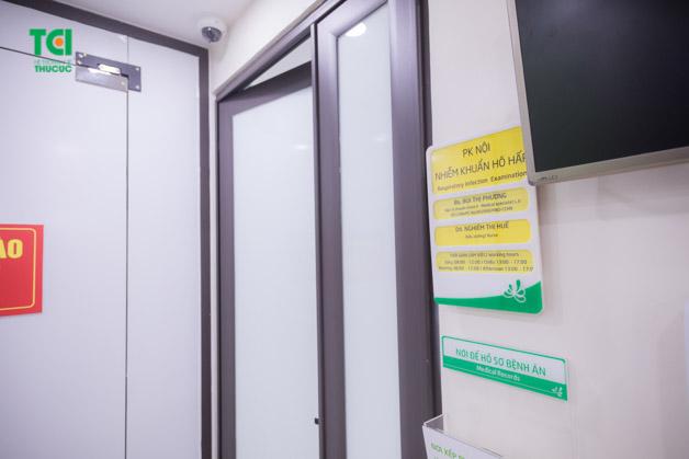 Khu vực khám cho người bệnh nhiễm khuẩn hô hấp không có yếu tố dịch tễ được chia