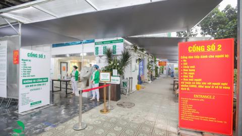 Bệnh viện Thu Cúc tổ chức phân luồng người đến khám chữa bệnh