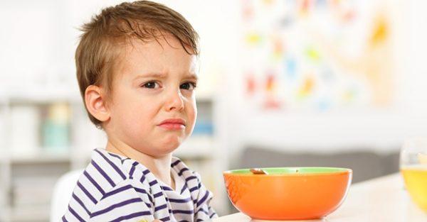 biểu hiện của trẻ lười ăn do thiếu kẽm