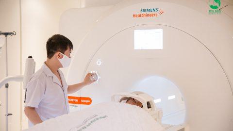 Chuyên gia lý giải: Chụp cộng hưởng từ (MRI) cho trẻ