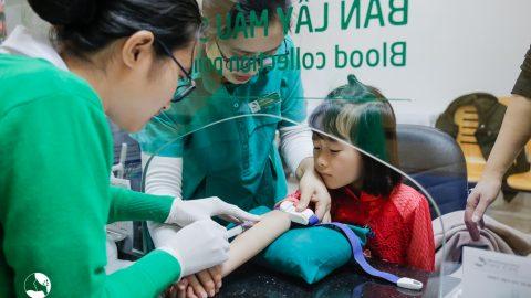 Những điều cần lưu ý khi thực hiện xét nghiệm máu cho trẻ