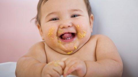 Trẻ sơ sinh thừa cân béo phì nguyên nhân do đâu?