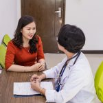 Các dấu hiệu cảnh báo sớm ung thư vú chị em nên lưu ý
