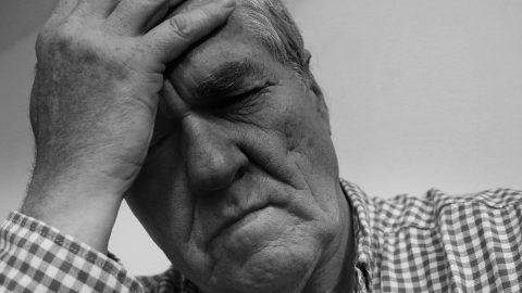 Bệnh thiếu máu não ở người già