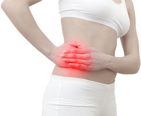 Đau bụng là triệu chứng điển hình của bệnh viêm ruột thừa