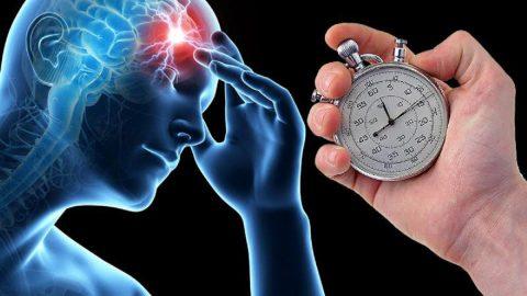 Đột quỵ não – Căn bệnh tiềm ẩn có thể bùng phát bất kì