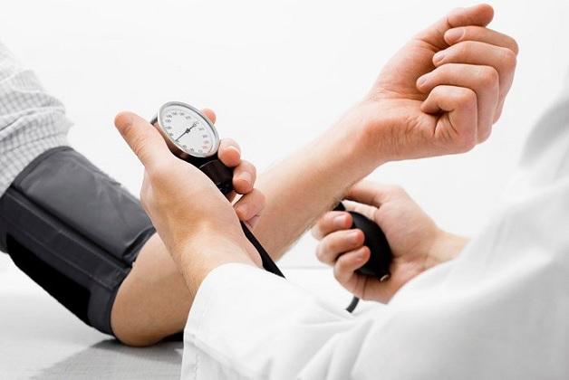 Huyết áp tăng cao là dấu hiệu của tiền sản giật