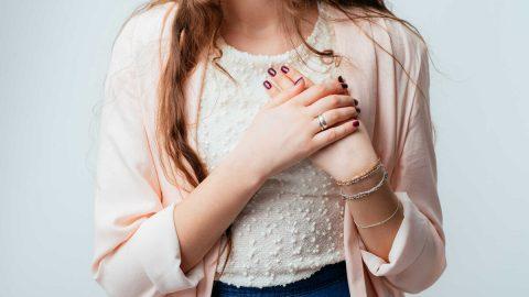 U xơ tuyến vú lành tính là gì và có đáng lo ngại không