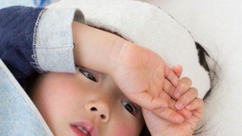 Giải đáp thắc mắc: Sốt virus ở trẻ em bao lâu thì khỏi?