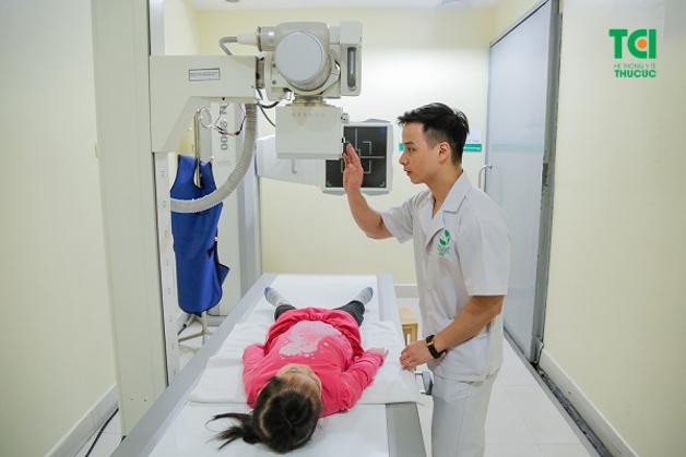 Mô tả hình ảnh trẻ chụp X-quang