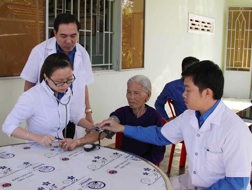hội chứng tăng huyết áp áo choàng trắng làm huyết áp bệnh nhân tăng đột ngột, tuy nhiên trong thời điểm đấy chưa thực sự nguy hiểm