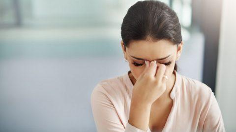 Bệnh đau đầu có nguy hiểm không? Khi nào chúng trở nên nghiêm trọng?