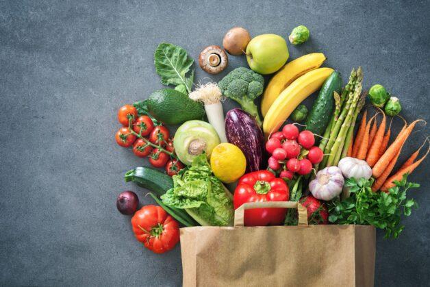 Hãy đảm bảo nạp đủ chất dinh dưỡng để quá trình sản xuất estrogen không bị ảnh hưởng