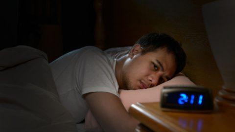 Bệnh đau đầu về đêm là gì? Có thể nhận biết qua dấu hiệu nào?