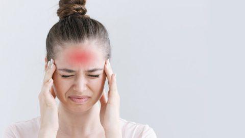 Đau đầu mãn tính là gì? Có phải bệnh nguy hiểm không?