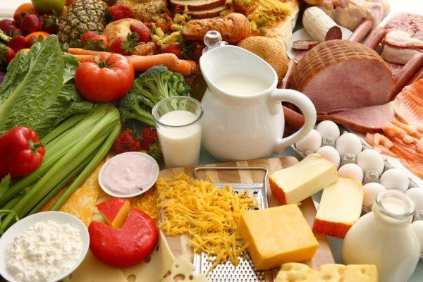 Mẹ bầu tử cung có vách ngăn cần có chế độ ăn uống hợp lý và lành mạnh