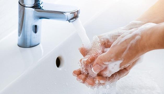 Rửa tay thường xuyên với xà phòng diệt khuẩn để phòng ngừa vi khuẩn HP dạ dày