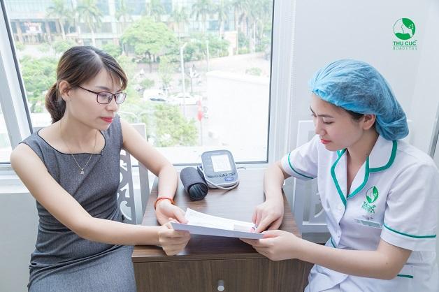 Rối loạn kinh nguyệt sau khi uống thuốc tránh thai có nguy hiểm không là thắc mắc của nhiều chị em phụ nữ