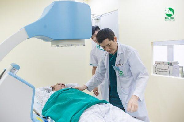 Sỏi thận có thể được chữa trị bằng những phương pháp tán sỏi công nghệ cao