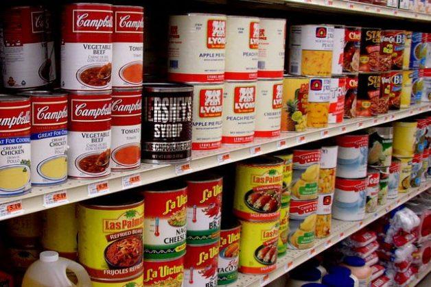 Nên hạn chế ăn thực phẩm đóng hộp để tránh mất cân bằng 2 loại Omega