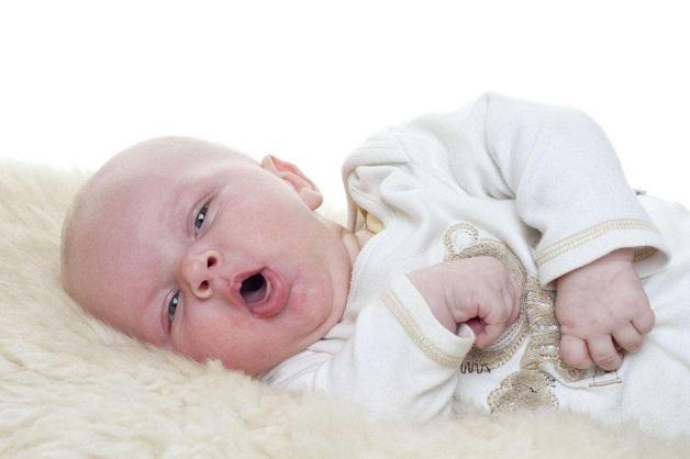 Khi bị viêm VA, trẻ có dấu hiệu bị ho