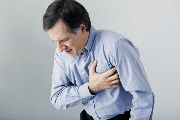 Những người cao tuổi dễ bị hẹp mạch vành và có nguy cơ nhồi máu cơ tim rất cao.