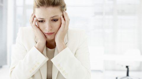 Bị rối loạn nội tiết tố nữ phải làm sao? thay đổi thói quen