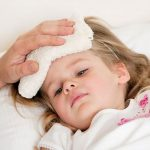 5 biến chứng của sốt cao co giật ở trẻ bố mẹ nên biết