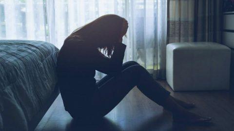 Chứng rối loạn giấc ngủ là gì? Nguyên nhân và cách điều trị