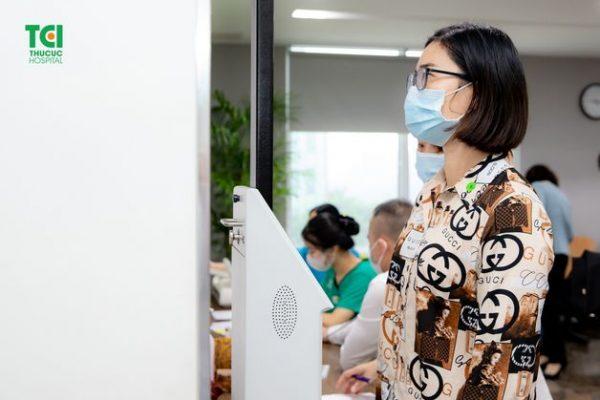 khám sức khỏe cho cán bộ nhân viên