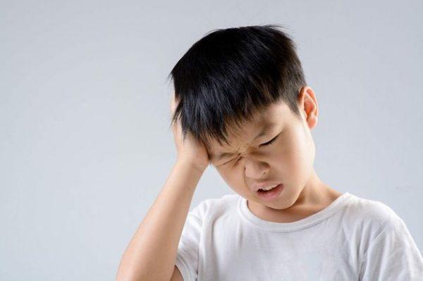 đau đầu kinh niên hàng ngày