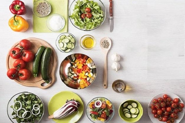 Chế độ dinh dưỡng khoa học giúp người bệnh nhanh hồi phục sức khỏe sau mổ nội soi sỏi tiết niệu