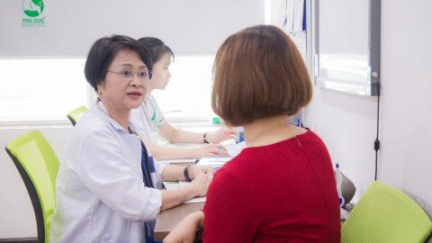 Thai ngoài tử cung thử que mấy vạch?