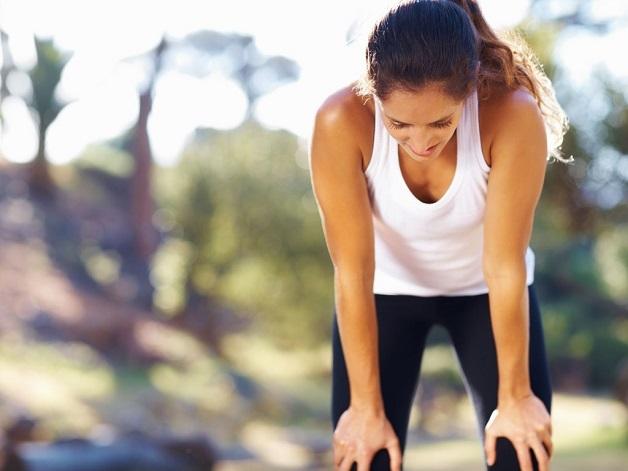 Những người bị dị dạng mạch vành có thể cảm thấy khó thở, đặc biệt là khi gắng sức