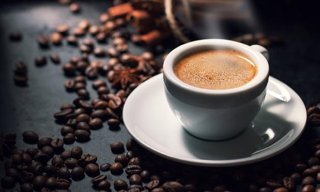 Uống cà phê nhiều cũng khiến miệng của mọi người có mùi hôi